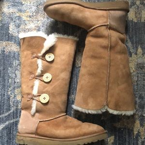 Tan UGG boots. Size 10. Used but good condition.